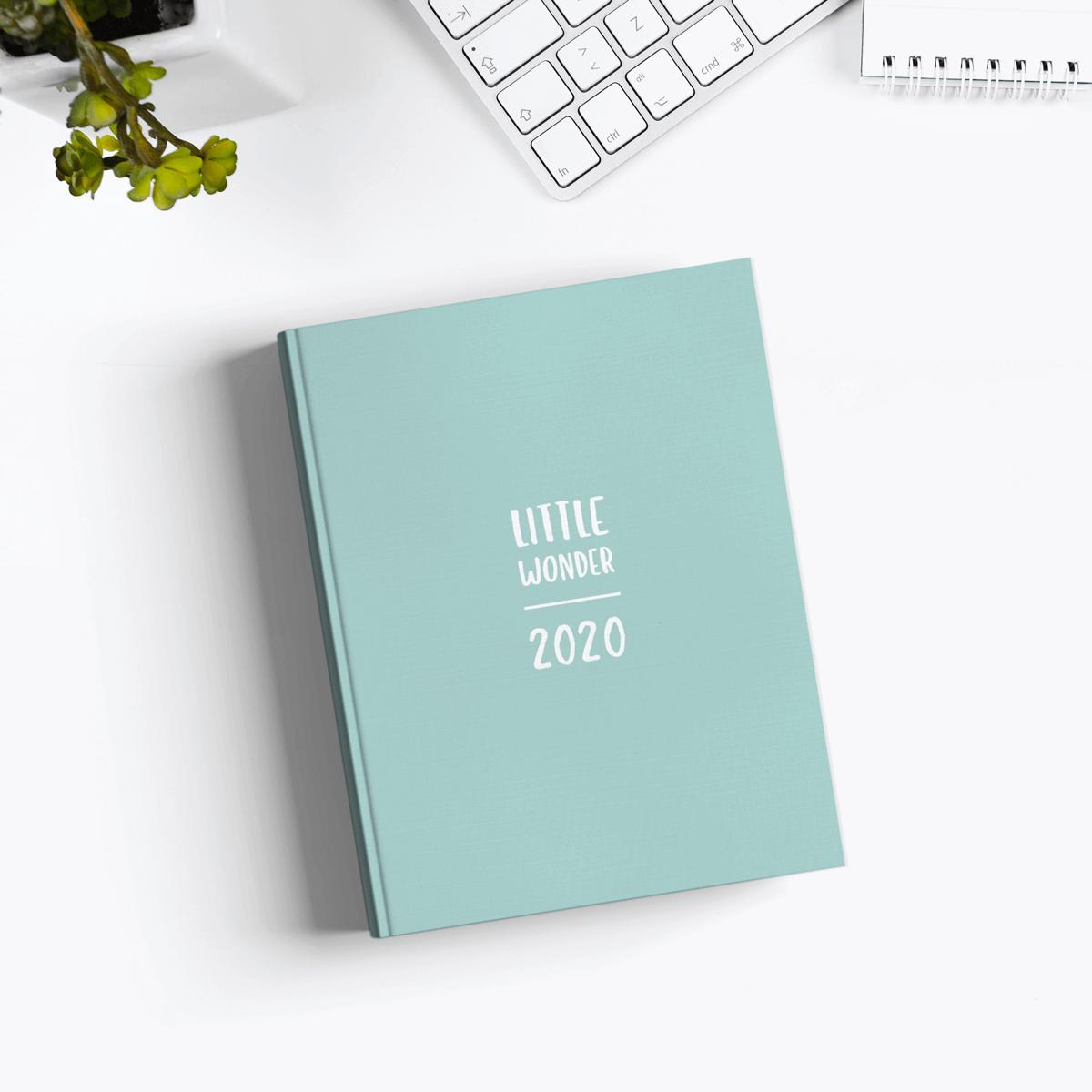 Little Wonder: Jahres- & Wochenkalender 2020 in A6 von Wonderspot