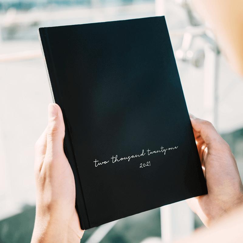 Minimal Black Kalender & Planer 2021 Wonderspot